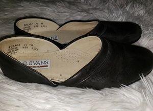L.b. Evan's leather slippers men